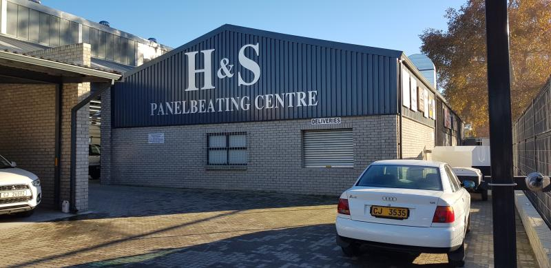 H & S Panelbeating Centre