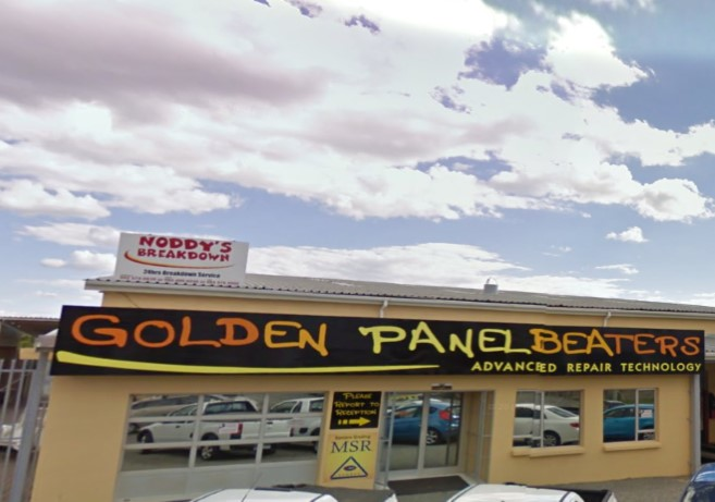 Logo of Golden Panelbeaters & Spraypainters