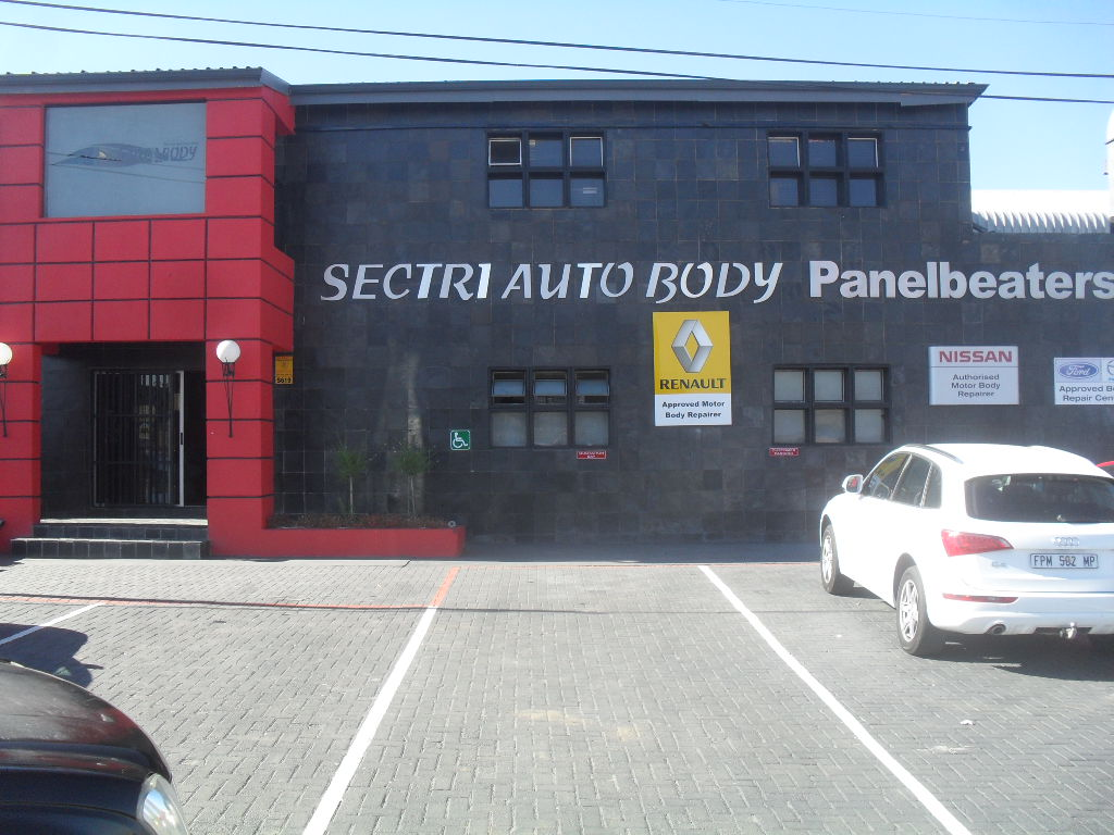 Sectri Auto Body Shopfront